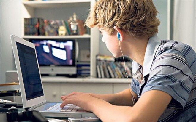 Аксессуары для телефона и компьютера в подарок