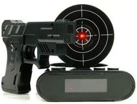 Будильник с пистолетом