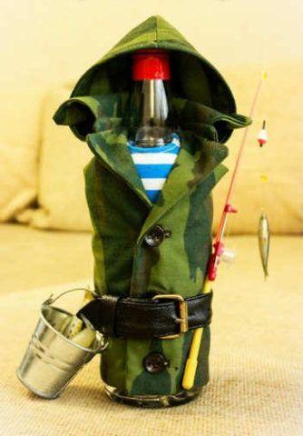 Бутылка для рыбака в подарок.