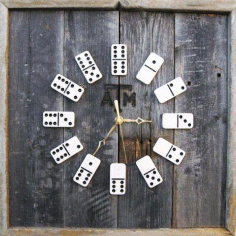 Часы в подарок на 23 февраля.