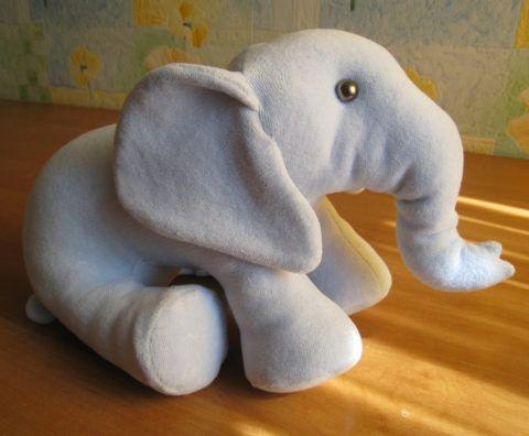 Игрушка своими руками, слоник в подарок маме