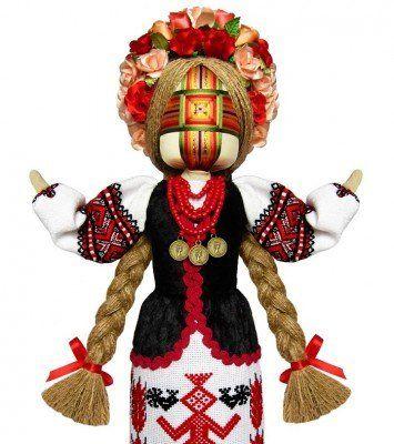 Кукла мотанка в национальном костюме.