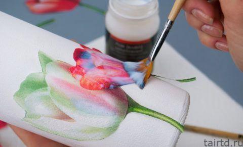 Покрытие рисунков клеем