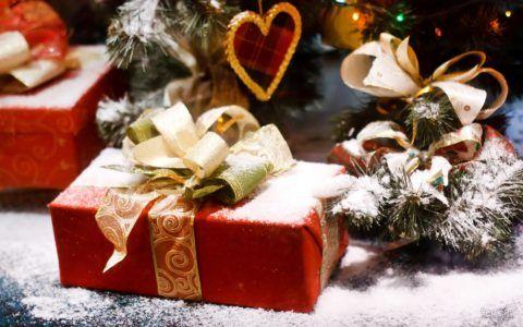 Что подарить другу на Новый год?