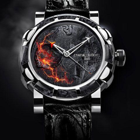 Элитные часы, конечно, хороший подарок, но слишком дорогой.