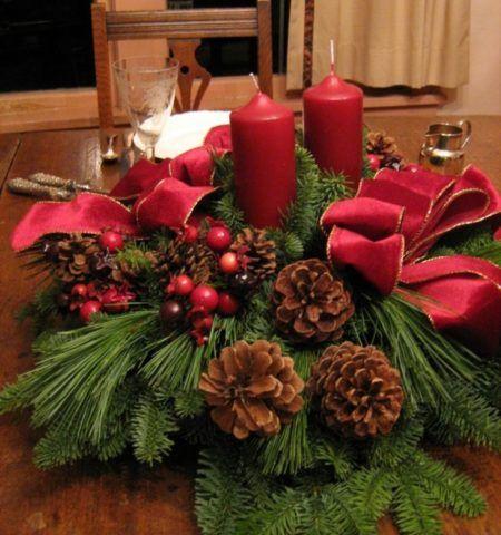 Композиция со свечами для стола к празднику.