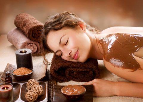 Массаж и обертывания с шоколадом.