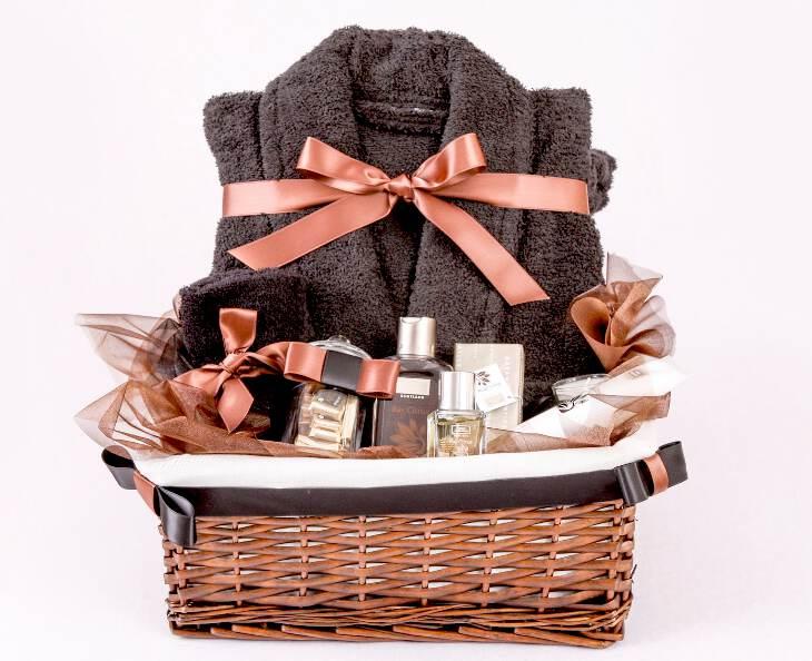 Интересный и недорогой подарок женщине