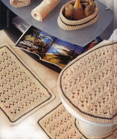 Подарок своими руками: вязанные крючком коврики.