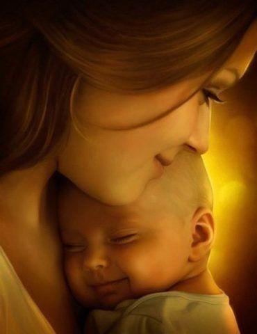 Счастливые мама и ее дитя.