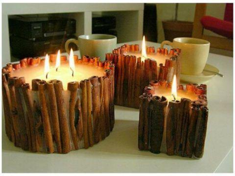 Свечи с использованием палочек корицы.