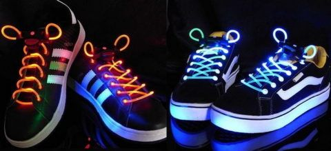Светящиеся шнурки.
