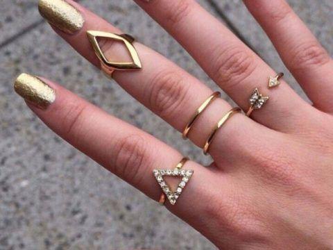 Такие необычные кольца тоже не оставят девушку равнодушной!