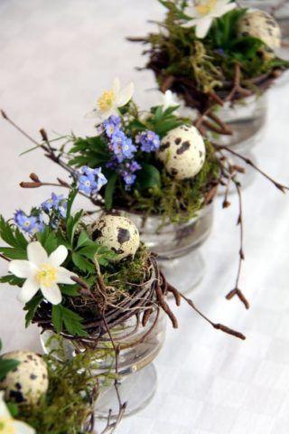 Цветки в баночках
