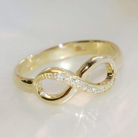 Замечательное кольцо с символом бесконечности.