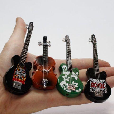 Зажигалка в виде гитары