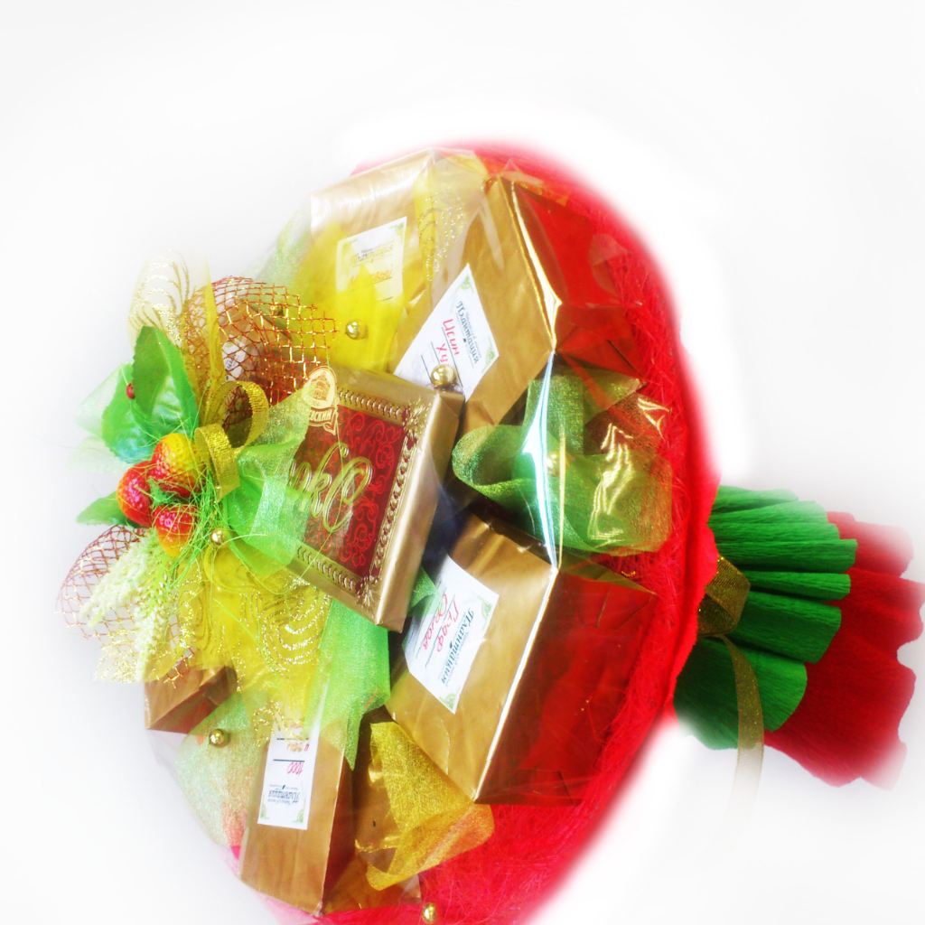 Букеты, подарки и подарочные корзины из чая, кофе, конфет своими руками 85