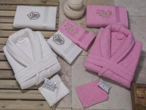 Халаты и полотенца для супругов