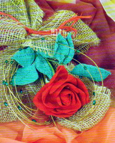 Сборка цветка розы.