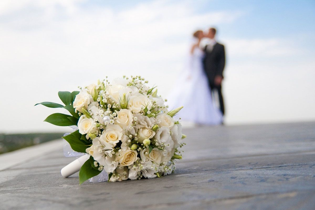 Смотреть Оригинальный подарок на свадьбу, который порадует молодоженов видео