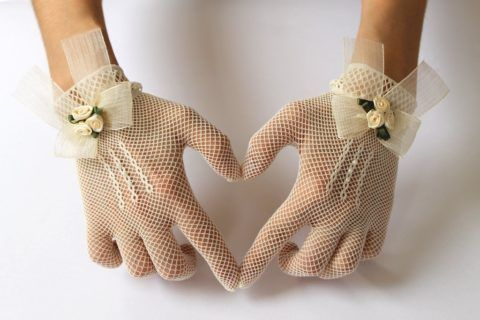 Ситцевые перчатки