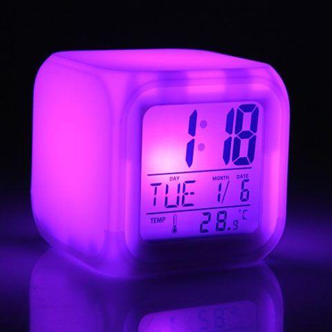 Светящийся будильник