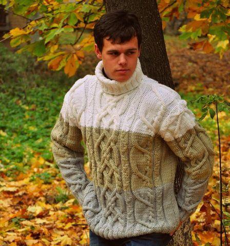Такой свитер можно купить или связать как молодому, так и пожилому.