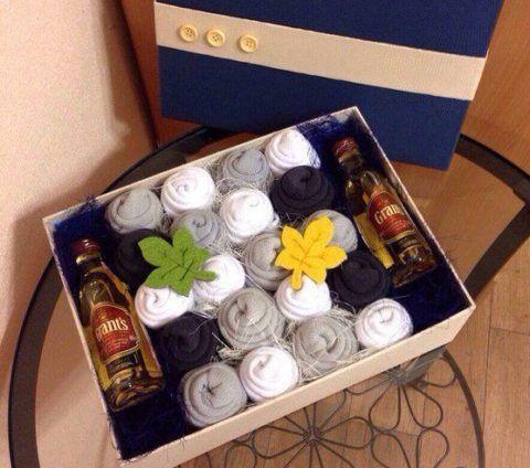 """""""Цветы"""" в коробке с любимым напитком"""