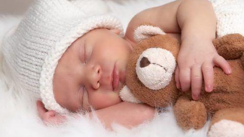 Что подарить на рождение малыша?