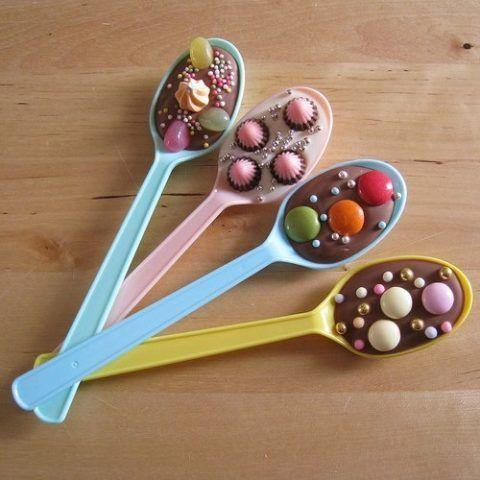 Ложки с шоколадом