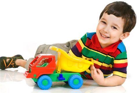 Малыша легко осчастливить, купив очередную машинку.
