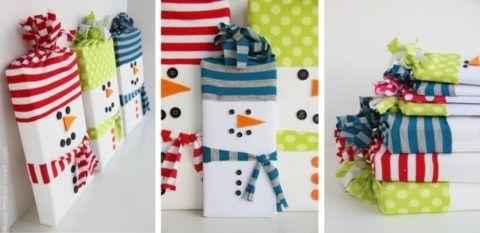 Новогодние подарки в виде снеговиков.