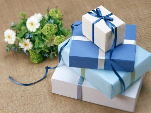 Поздравления и подарки в ваш счастливый день рождения!