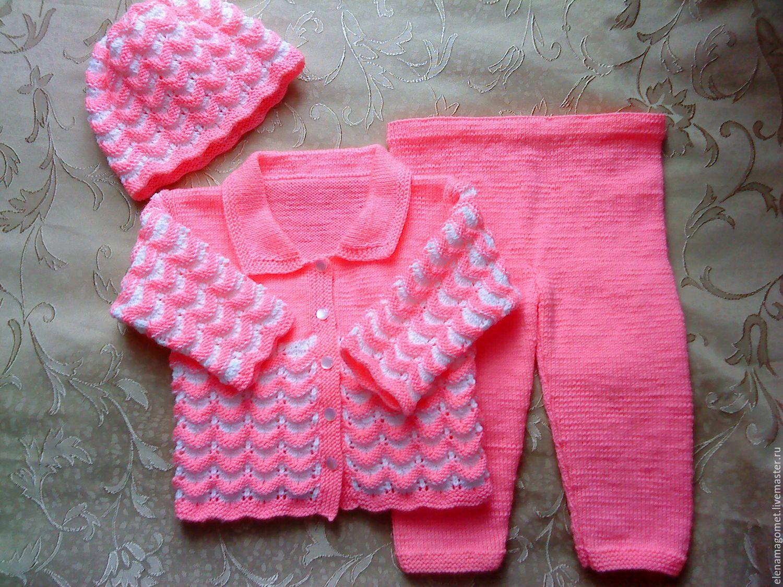 Вязание костюмчиков для девочки спицами