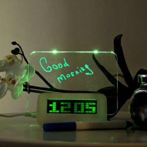 Будильник с LED-доской