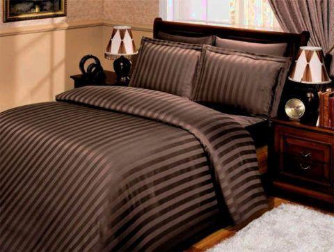 Комплект шелкового постельного белья благородного шоколадного цвета
