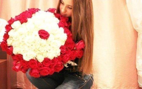 Огромный букет роз от любимого