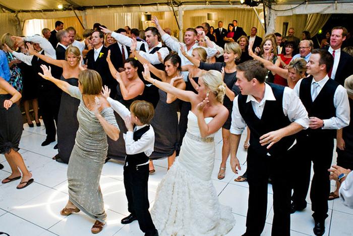 Конкурсы свадебные с танцами