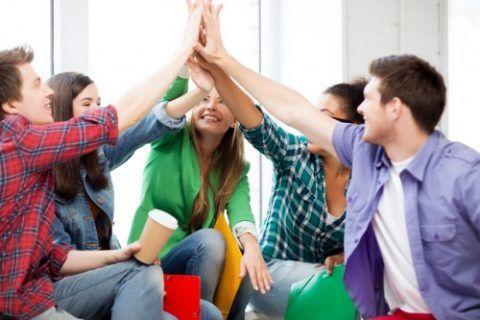 Разберемся, как обрадовать одногруппников
