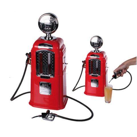 Диспенсер для напитков в виде бензоколонки