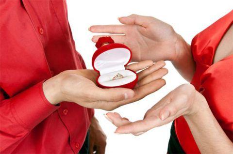 Кольцо – самый популярный, но не единственный вариант.