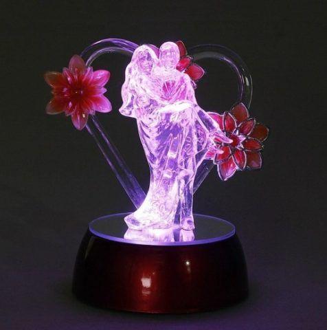 Очень нежный и романтичный светильник.