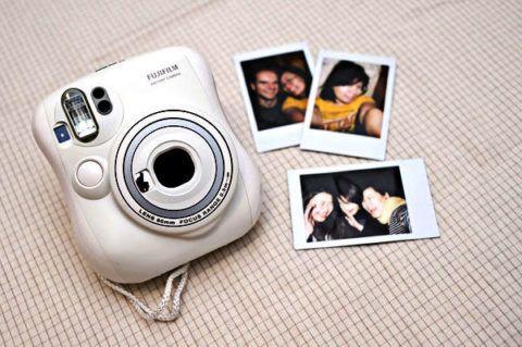 Фотоаппарат для моментальных снимков
