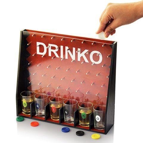 Одна из разновидностей интересной игры с алкоголем.