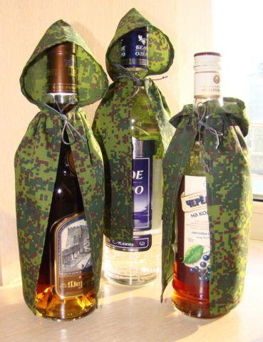 Даже оригинально упакованная бутылка алкоголя не подойдет тому, кто совсем не пьет.