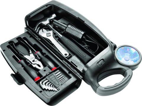 Набор инструментов всегда будет полезен.
