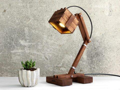 Один из вариантов стильной офисный лампы.