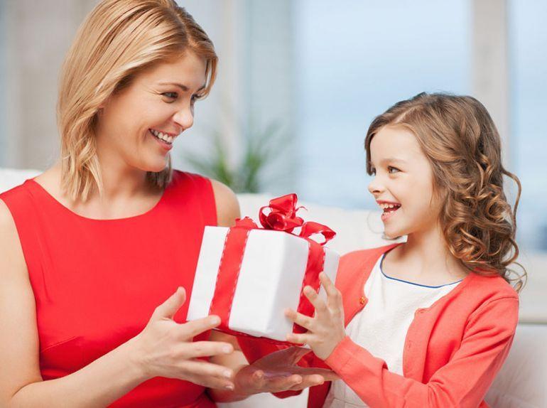 Красивые подарки для мамы и папы 218