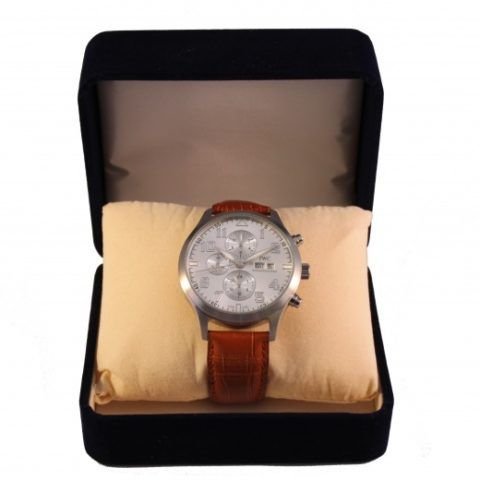 Вряд ли хоть один руководитель не носит часы.
