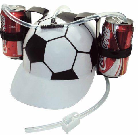 Забавная каска, стилизованная под мяч.
